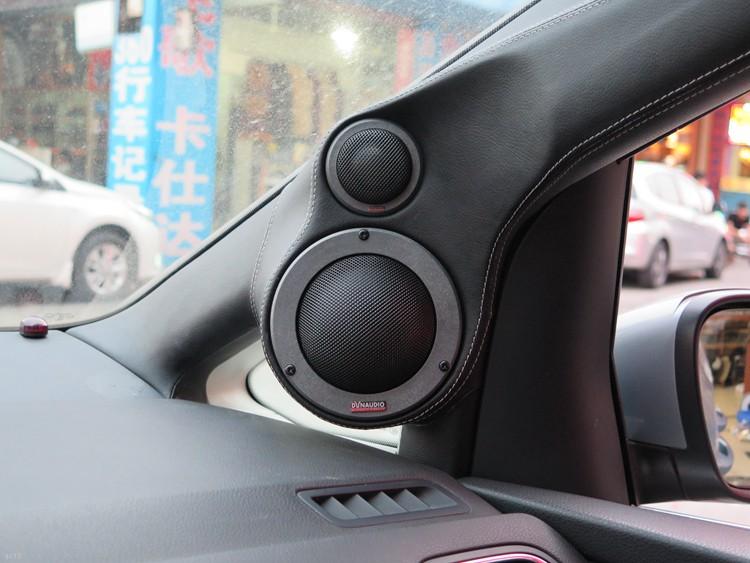 东莞车乐汇汽车影音:大众汽车升级美国TRU功放音质更靓丽
